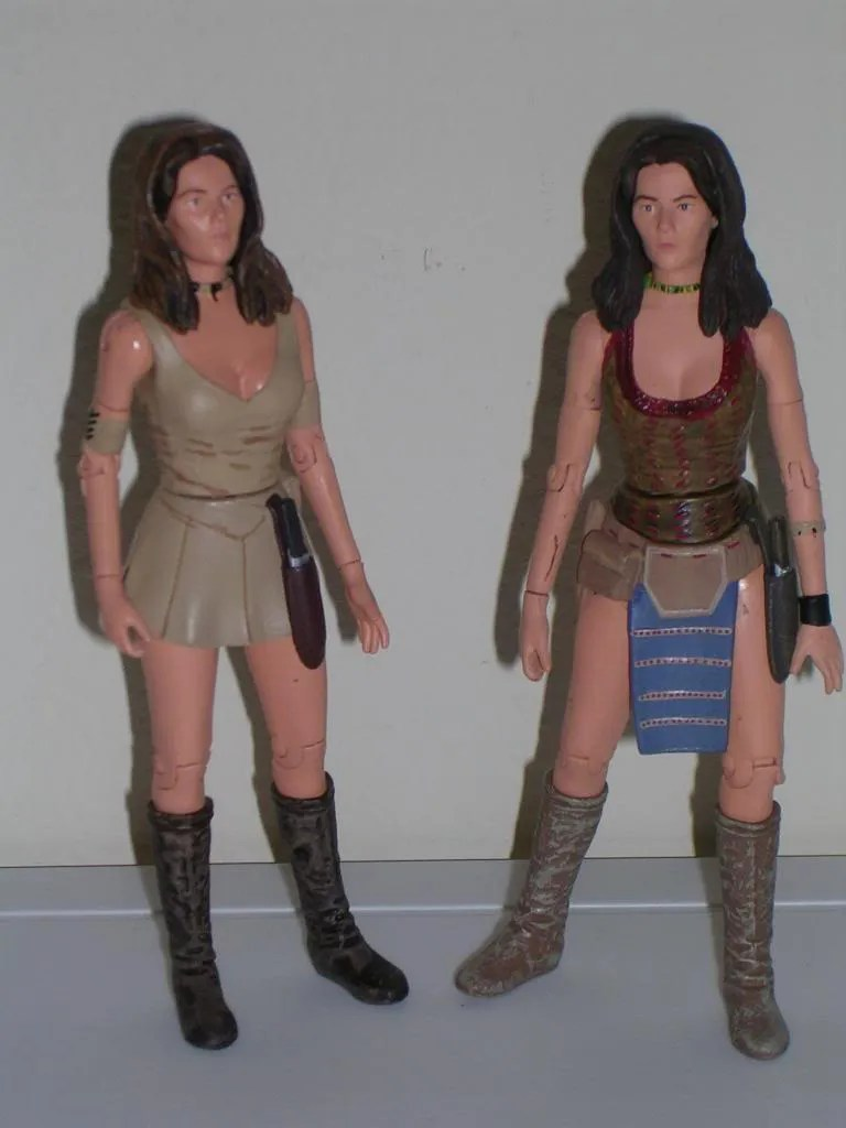 Leela shares the same legs and head with the last figure but also sports a lot of new sculpting to make this figure unique. The outfit sculpt is entirely ...  sc 1 st  FigureFan Zero & Doctor Who: u201cInvasion of Timeu201d 2-Pack by Character Options ...