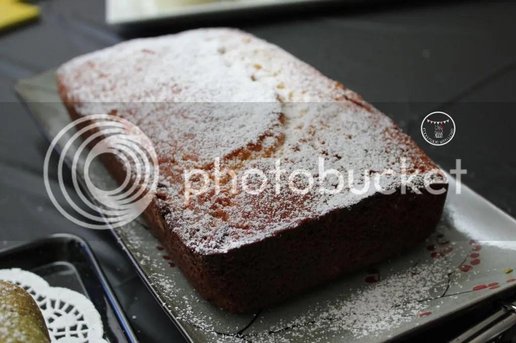 Matcha swirl pound cake