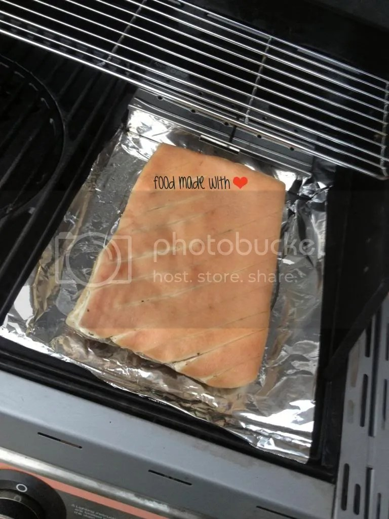 Smoking the meat
