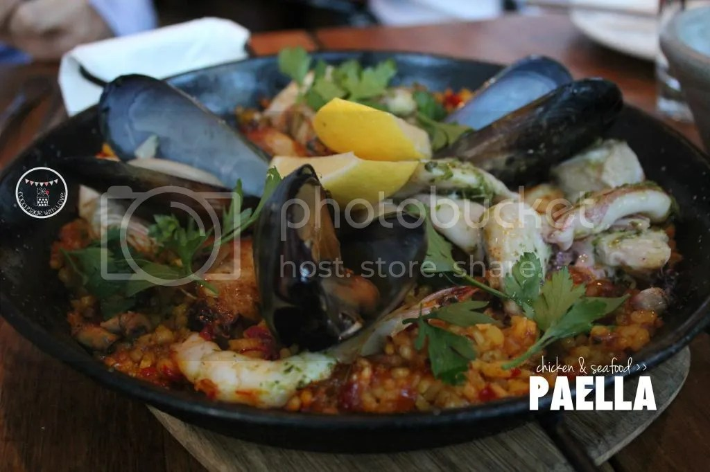 Chicken and seafood paella
