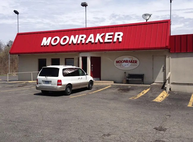 Moonraker Restaurant & Lounge