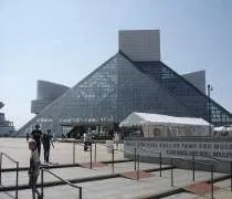 The Rock and Roll Hall of Fame and Museum on the shore of Lake Erie in Cleveland, OH
