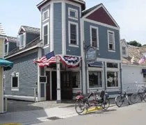 The Yankee Rebel Tavern near downtown Mackinac Island.