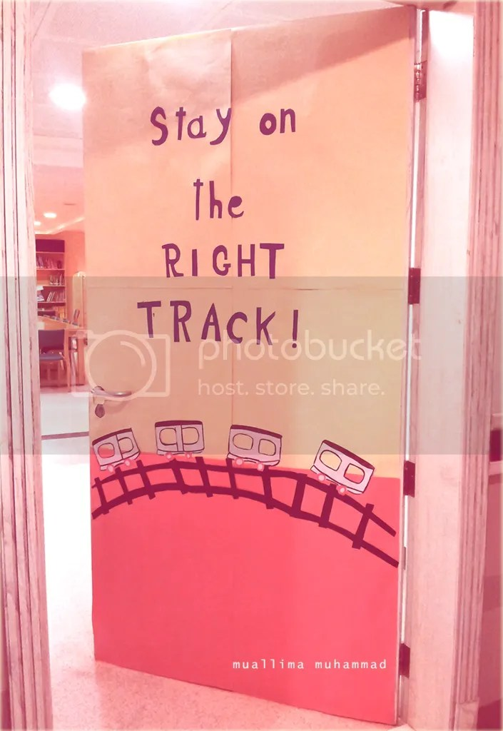 photo Stay on track_zpsh7liqoyw.png