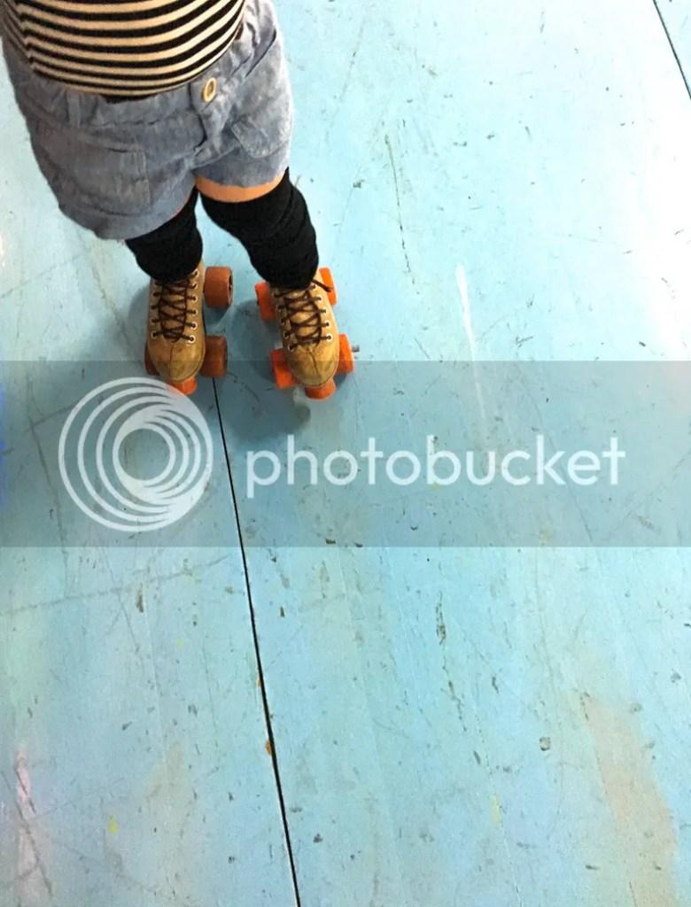 Roller skating elk grove - Bodysuit American Apparel Shorts Zara