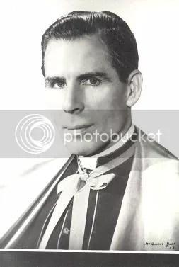 sheen05.jpg Archbishop Fulton J Sheen image marialeslee