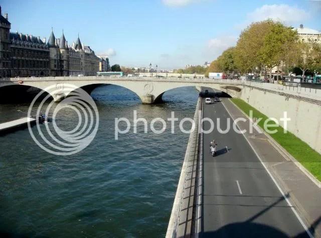 Seine River (Notre-Dame Vicinity)