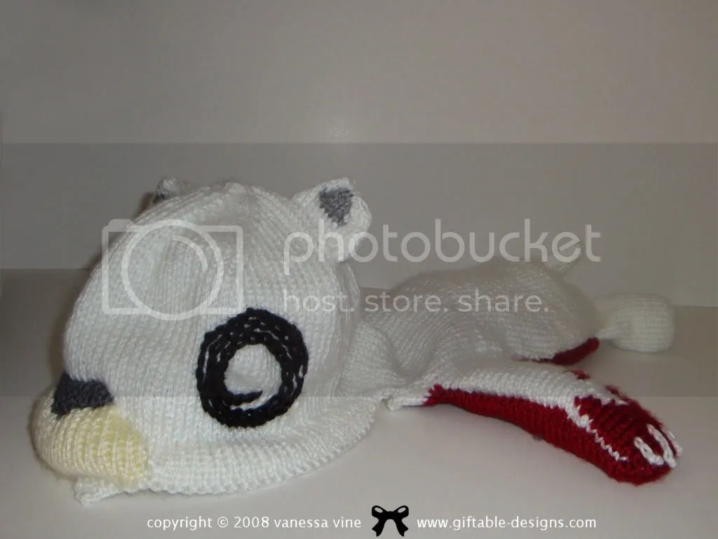 busy bear creatures in my head knit hat