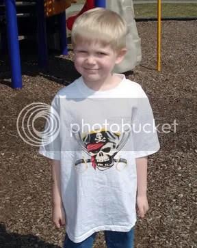 BBPirateShirt.jpg picture by taruff