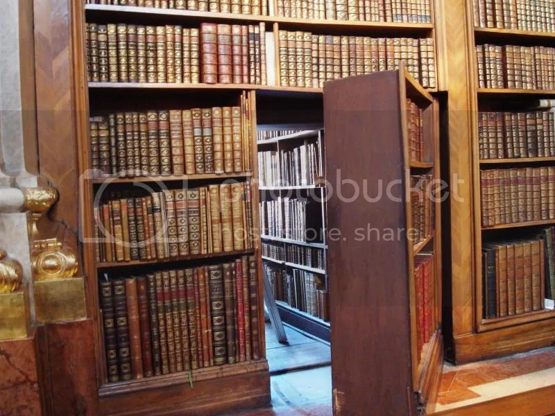 photo secret-library.jpg