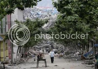 https://i1.wp.com/i293.photobucket.com/albums/mm54/cijeiseven/sichuan%20earthquake/cmb-19-RTX5QK5--450.jpg