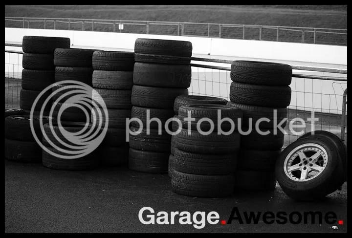 Dead tyres