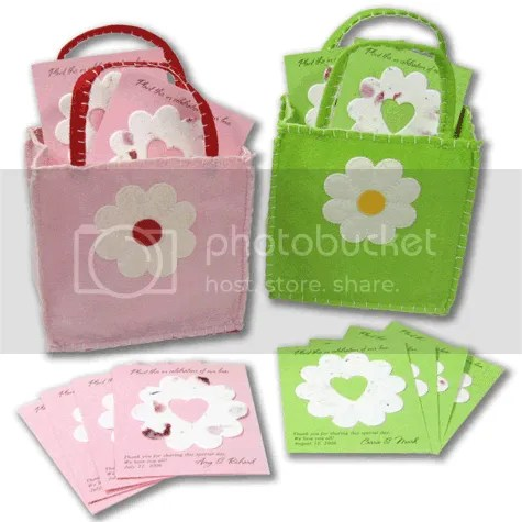 DAISY BAG 50 Personalized Seeded Bridal Shower/Wedding Favors