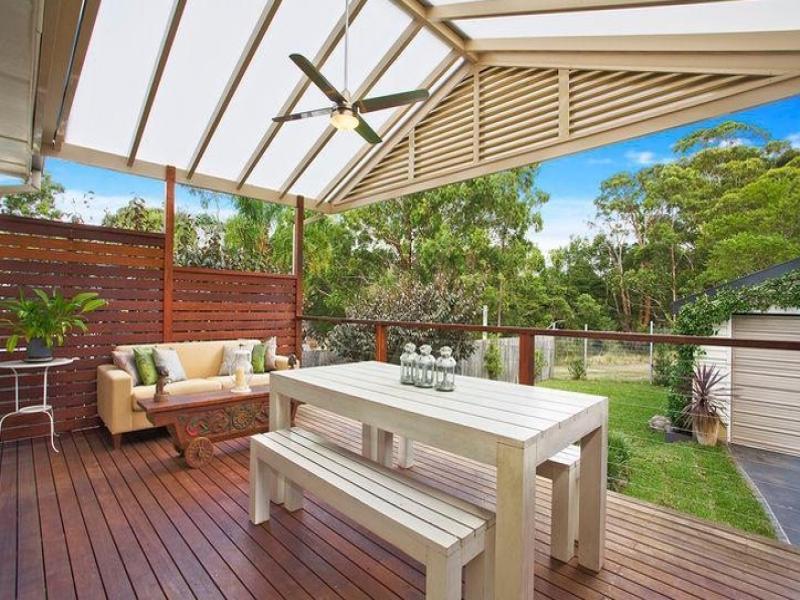 Indoor-outdoor outdoor living design with deck ... on Fancy Outdoor Living id=68133