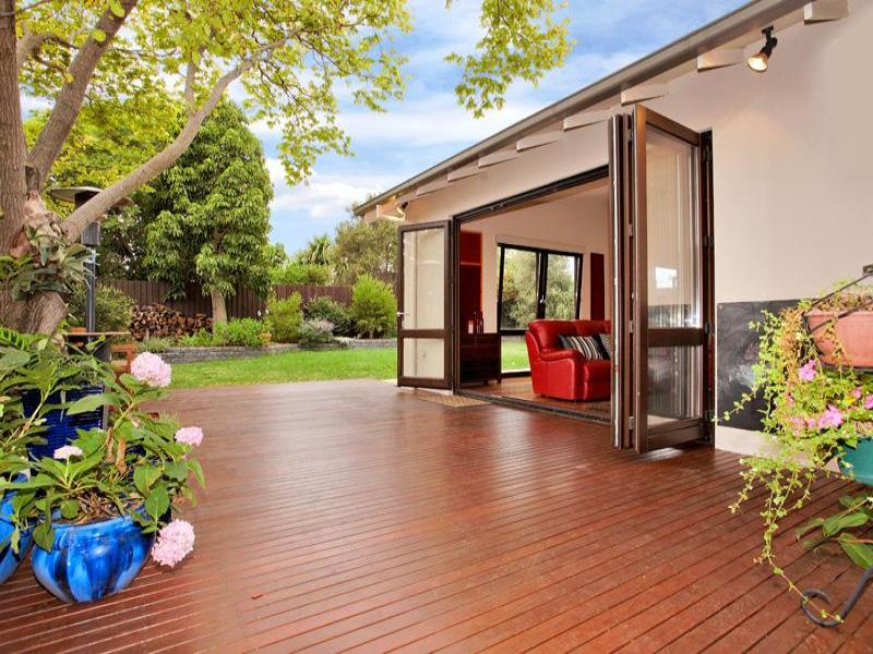 Outdoor living design with deck from a real Australian ... on Aust Outdoor Living  id=19936