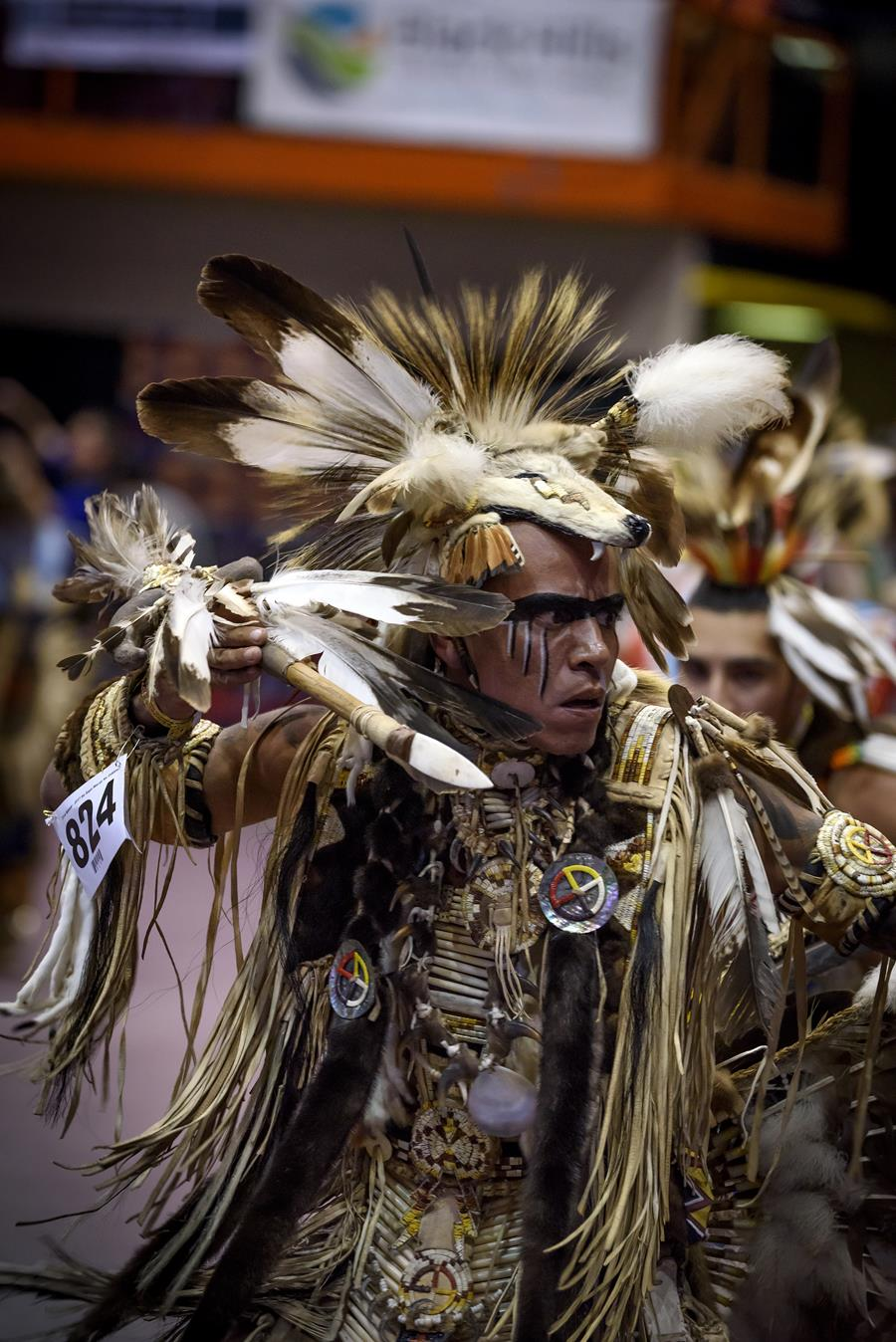 Black Hills powwow dancer
