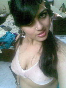 Kashmira Shah ho chubby desi girl nude for her lover Naked without Clothes Indian Nude xxx