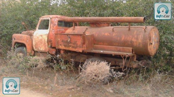 Купить грузовик ГАЗ 52 АЦУ-10(52) 1968 (красный) с ...