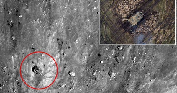 Alien army on the moon? UFO hunters spot 'ancient tank on ...