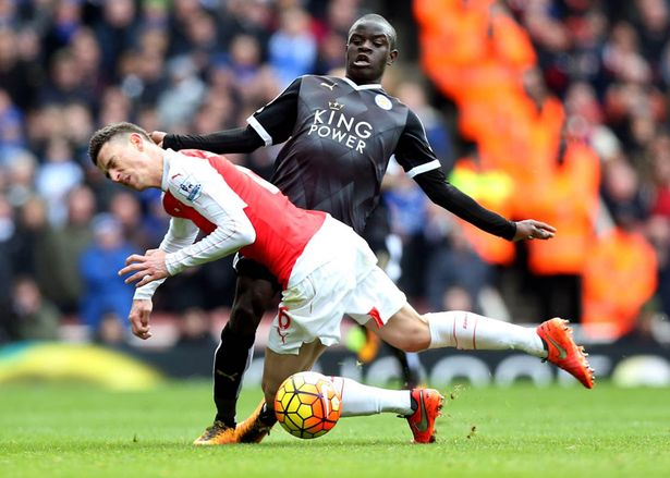 Kante in action against his French teammate Koscielny last season