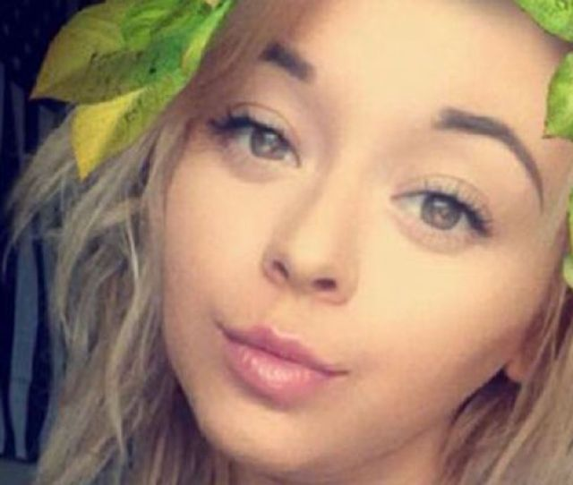 Teen Takes Sexy Snapchat Selfies And Gets Totally Upstaged By Her Dad