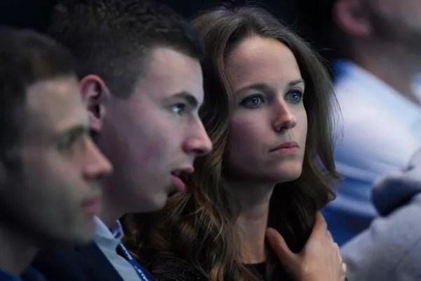 Andy Murray vs Novak Djokovic attracts host of star fans ...