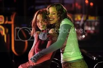 Lena Headey and Piper Perabo