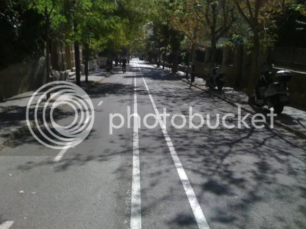El carril bici del c. Àngel Guimerà es mereix un #etfelicitof... on Twitpic