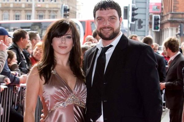 Eve Myles and Bradley Freegard announce they are expecting ...