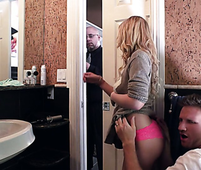Sizzling Starlet Bailey Brooke Cheating With Handsome Guy In The Bathroom