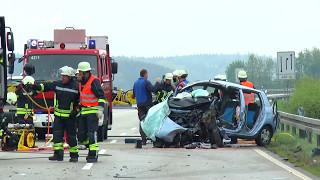 Frontalzusammenstoß – Tödlicher Verkehrsunfall auf der B20 bei Oberschneiding!