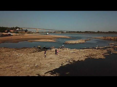 El río Paraguay alcanza su nivel más bajo debido a la sequía extrema