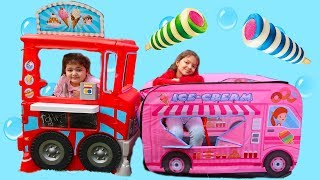 İKİ DONDURMACI ARASINDA BÜYÜK REKABET VE KOMİK ANLAR Kids Pretend Play With Sweets Food Truck