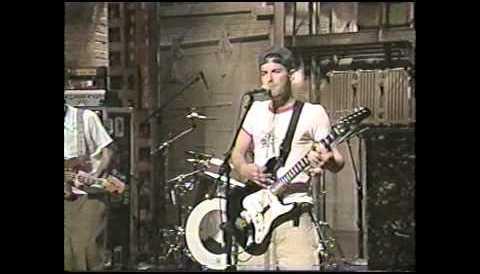 Download Music Beastie Boys HD : Sabotage ( David Letterman ) - 1994