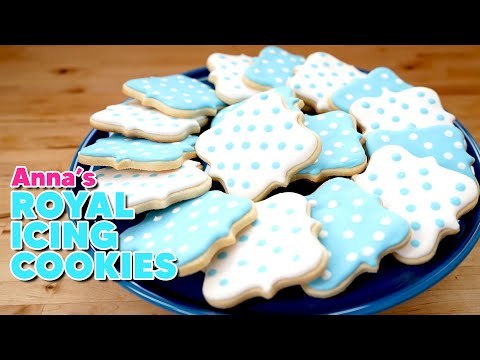 Royal Icing Sugar Cookies for a Classic Wedding! | Anna's Occasions