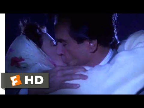 Bugsy (1991) - Kissing in the Rain Scene (9/10) | Movieclips