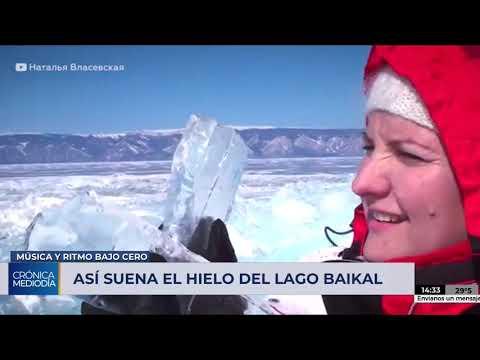Percusionistas de Rusia realizan música con un lago congelado