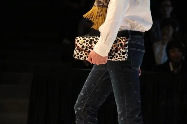 Dresscamp clutch bag