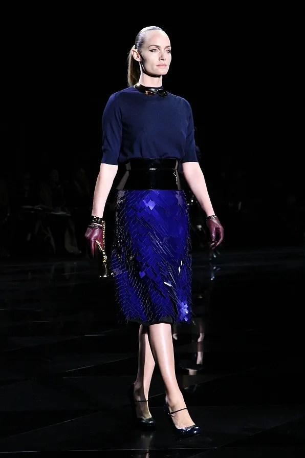 Amber Valletta at Louis Vuitton fall winter 2011 fashion show
