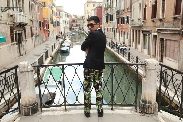 Bryanboy in Venice, looking over his shoulder