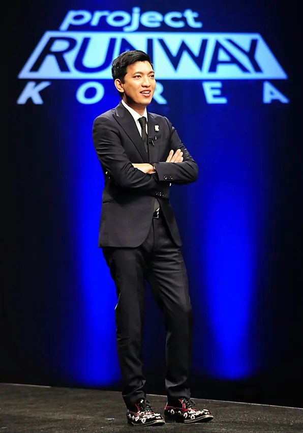 bryanboy in Giorgio Armani suit in Seoul