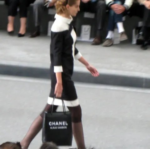 Chanel 31 Rue Cambon tote bag