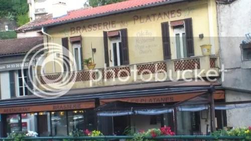 Le Bar des Platanes. Photo de repérage, pour le tournage du film BRAMSTOCKER: Legal Gang, par Frédéric Vidal. © 2013, Post Scriptum. - See more at: http://s317.photobucket.com/user/frenchcop/media/379623c4-a13a-4f2a-ba7d-5505d333e49d_zps7df30654.jpg.html#sthash.whM9YE4X.dpuf