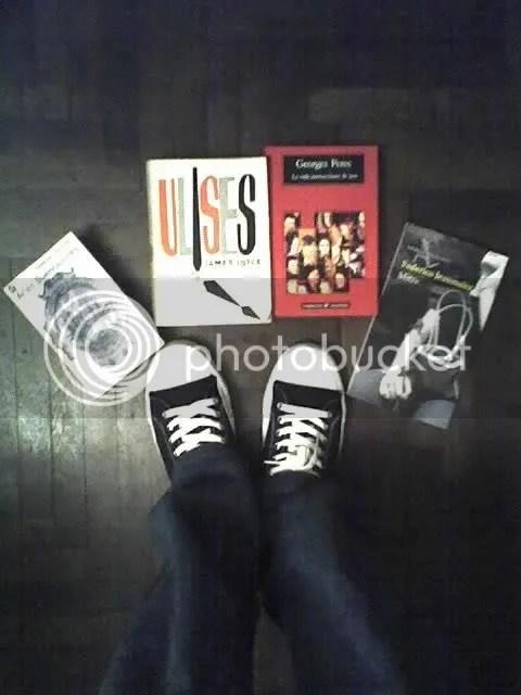 Regalos: zapatillas y libros