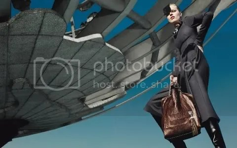 Women's Ad Campaign: Louis Vuitton Fall/Winter 2008-2009