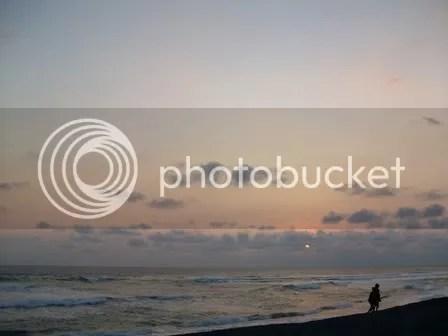 sunset pantai depok