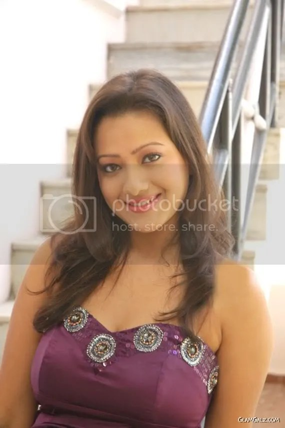 Beautiful Tamil Actress Madalsa Sharma