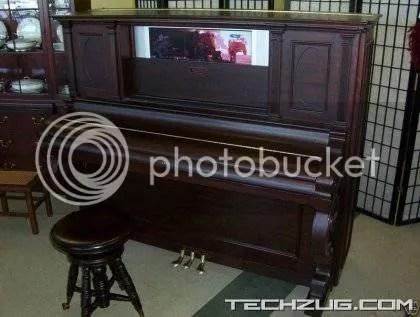 The Innovative Piano Computer