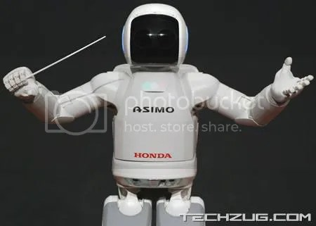 ASIMO Conducts the Detroit Symphony Orchestra
