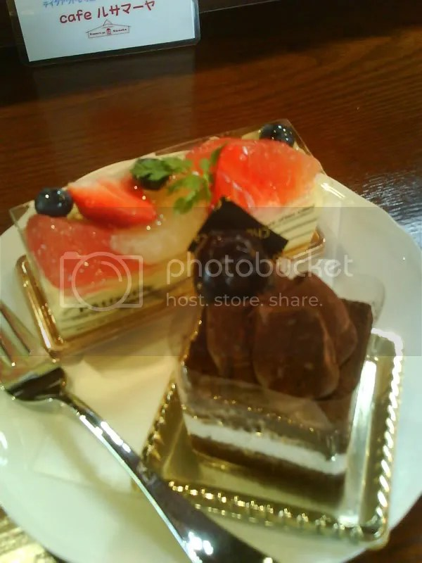 1,000yen for 2 cakes and tea at Meijikan~ Divine!!!